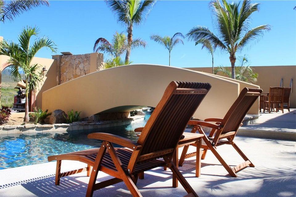 50% of Cerritos Beach Inn-15