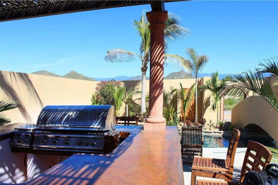 50% of Cerritos Beach Inn-23