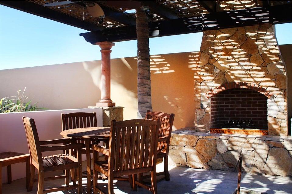 50% of Cerritos Beach Inn-24