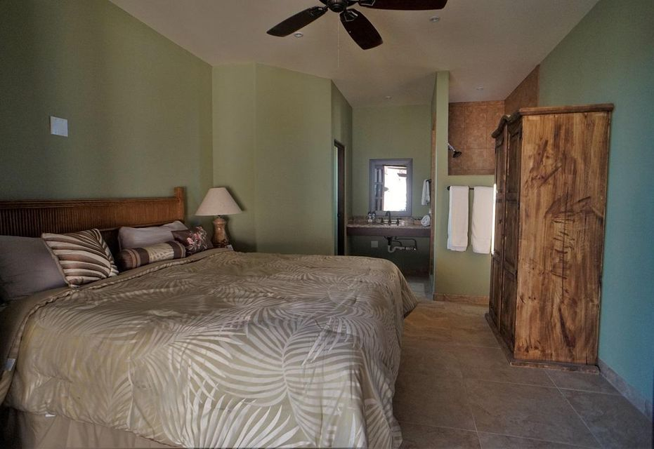 50% of Cerritos Beach Inn-27