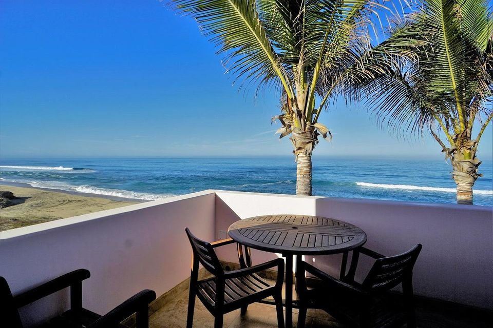 50% of Cerritos Beach Inn-33