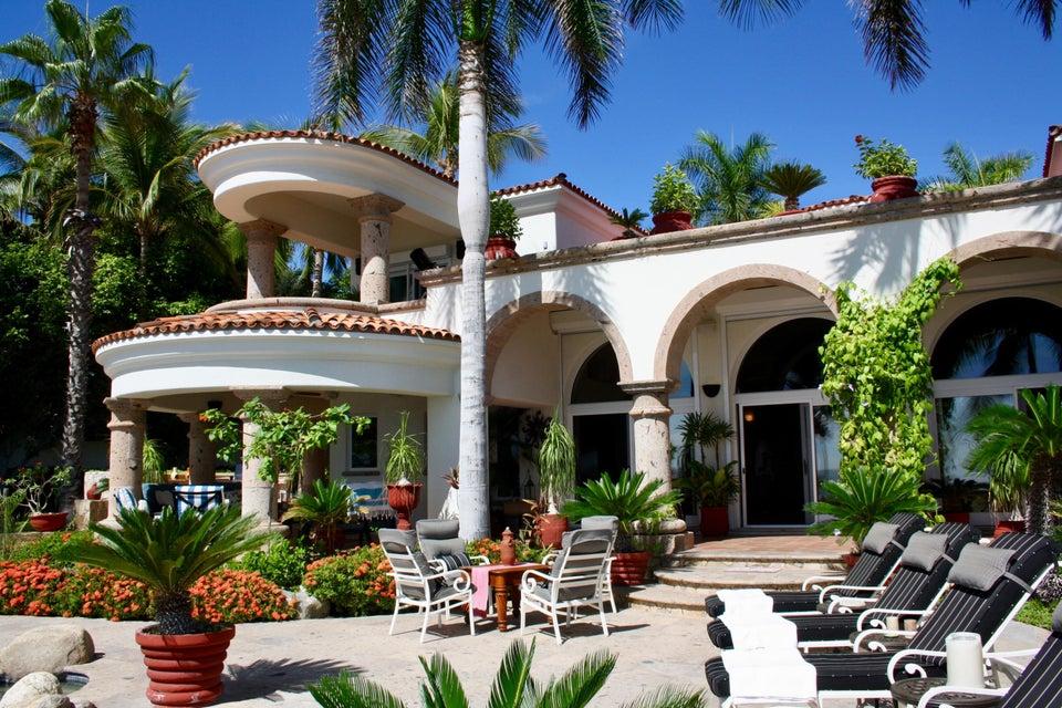 Casa Valhalla Caleta-1