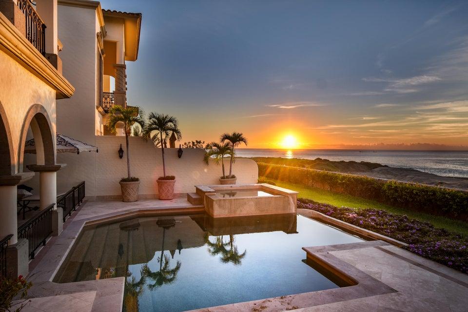 Ocean Front Villa Canario-4