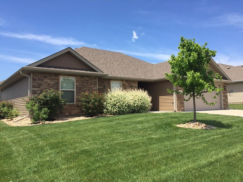 111 ULSTER DR, COLUMBIA, MO 65201