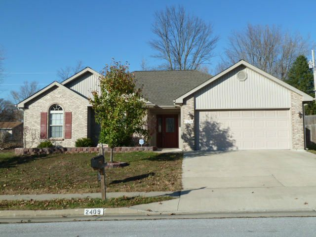 2409 OAKFIELD DR, COLUMBIA, MO 65202