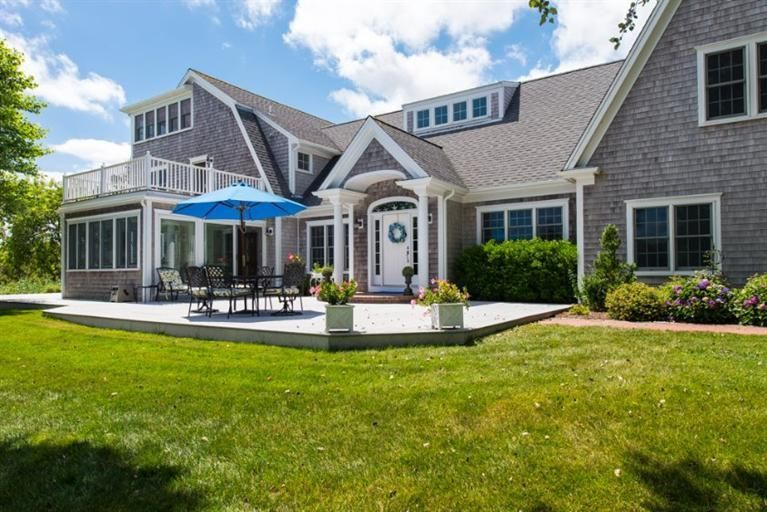 Additional photo for property listing at $2,195,000.00 - 326 Bridge Street in Chatham 326 Bridge Street Chatham, Massachusetts,02633 United States