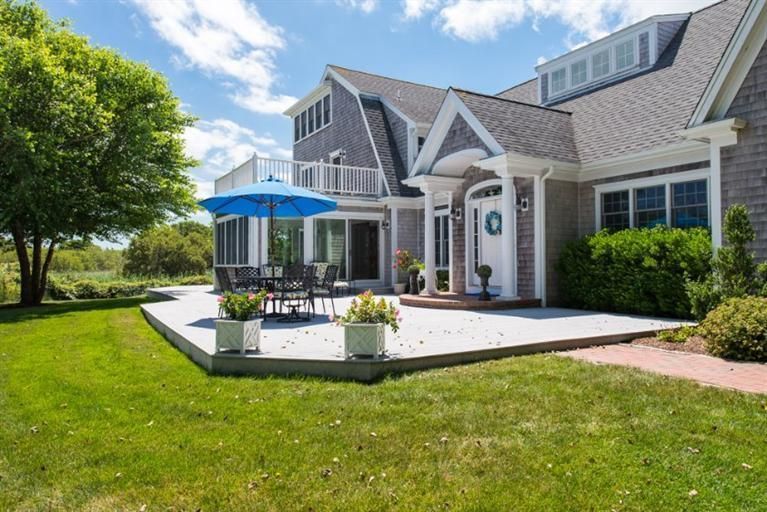 Additional photo for property listing at $2,295,000.00 - 326 Bridge Street in Chatham 326 Bridge Street Chatham, Massachusetts,02633 United States