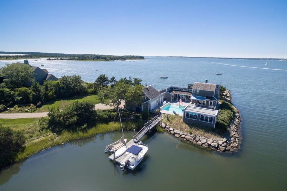 42 Scallop Road, West Yarmouth, MA 02673