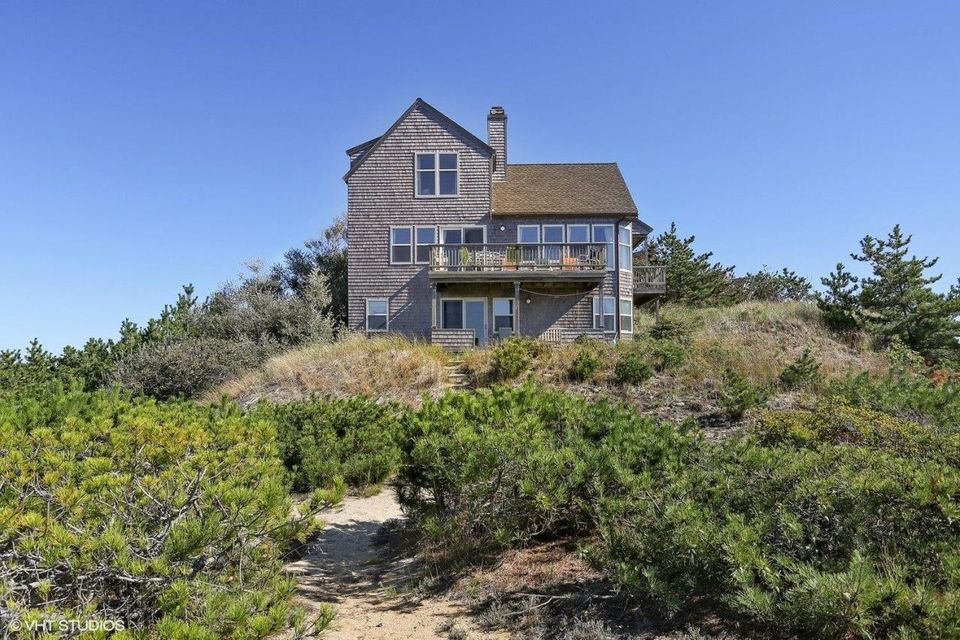 Truro listings truro real estate and truro vacation for Cape cod waterfront homes for sale