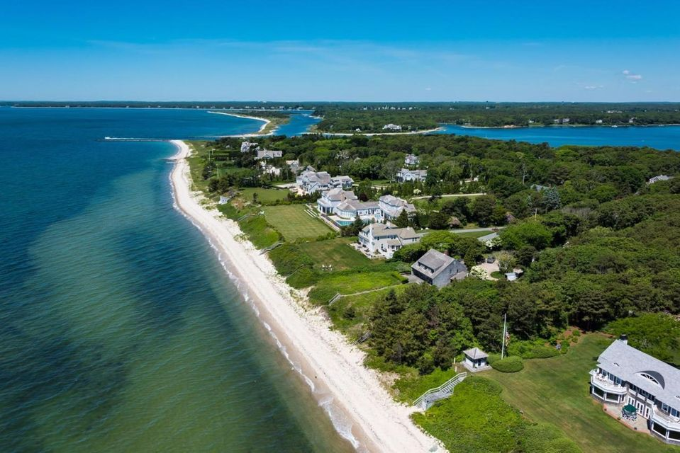 807 Sea View Avenue, Osterville, MA 02655
