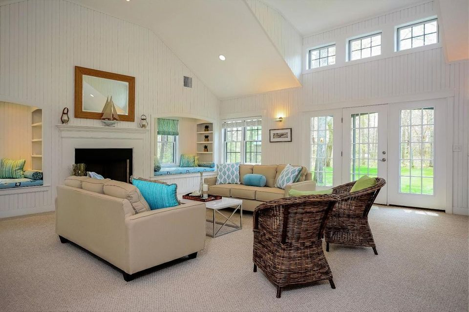 18 Willow Lane, South Yarmouth, MA 02664