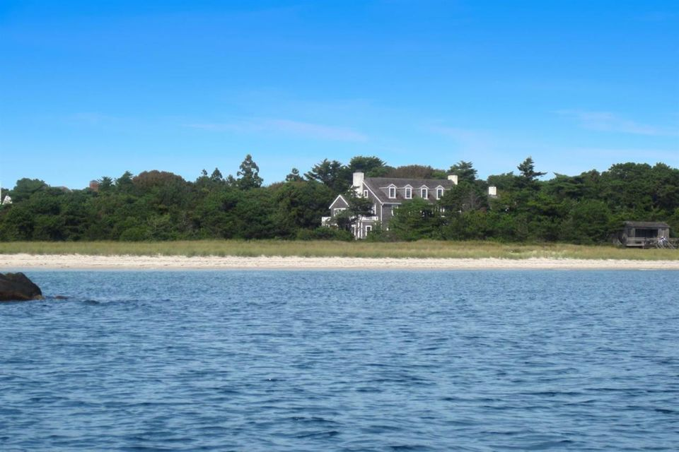 979 Sea View Avenue, Osterville, MA 02655