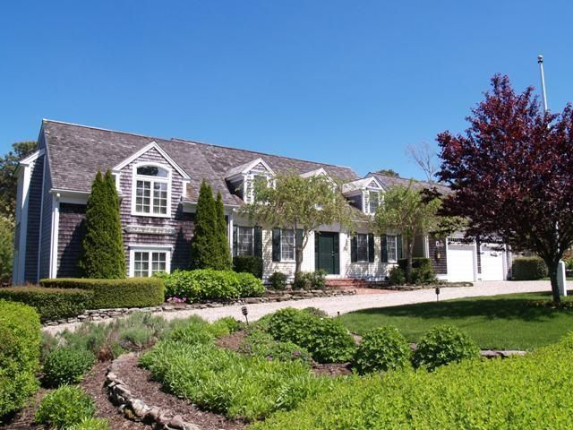 North Chatham Real Estate - Cape Cod Waterview , 88 Wentworth Lane, North Chatham, MA   Listed at $1,750,000