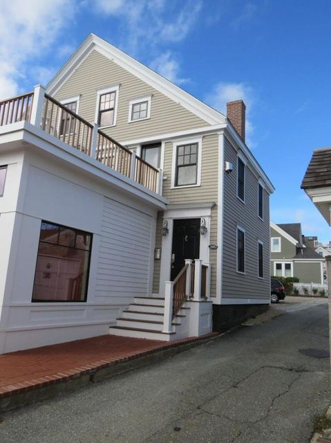 368 Commercial Street D, Provincetown, MA 02657