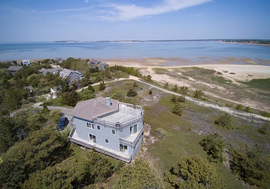 25 3rd Avenue, Wellfleet, MA 02667