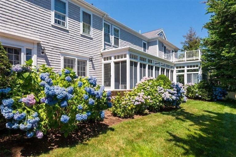 689-scudder-avenue-hyannis-port