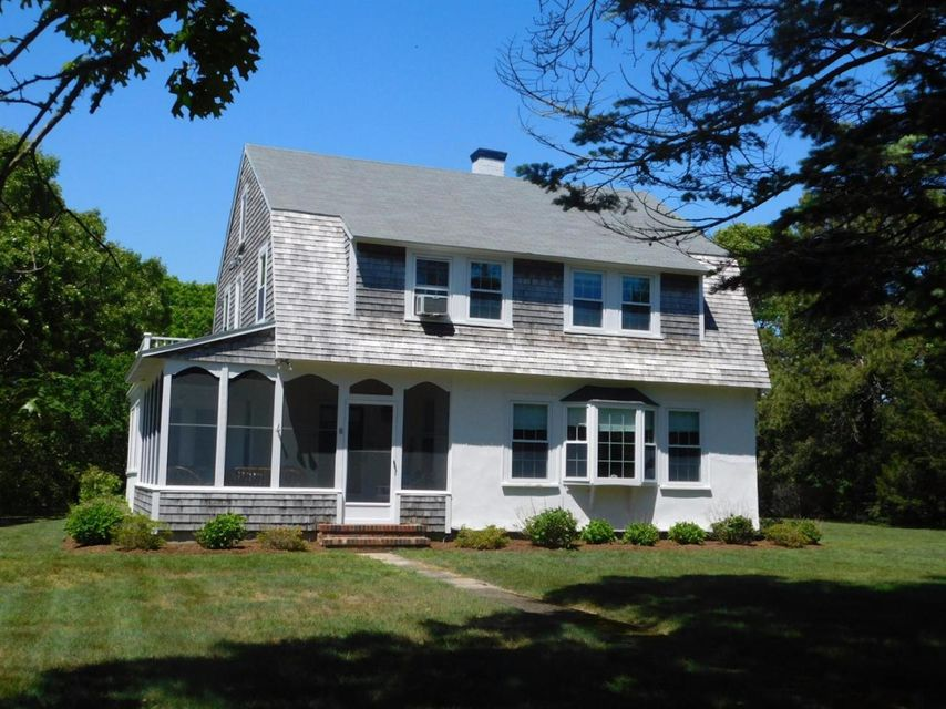 8-marchants-mill-road-hyannis-port