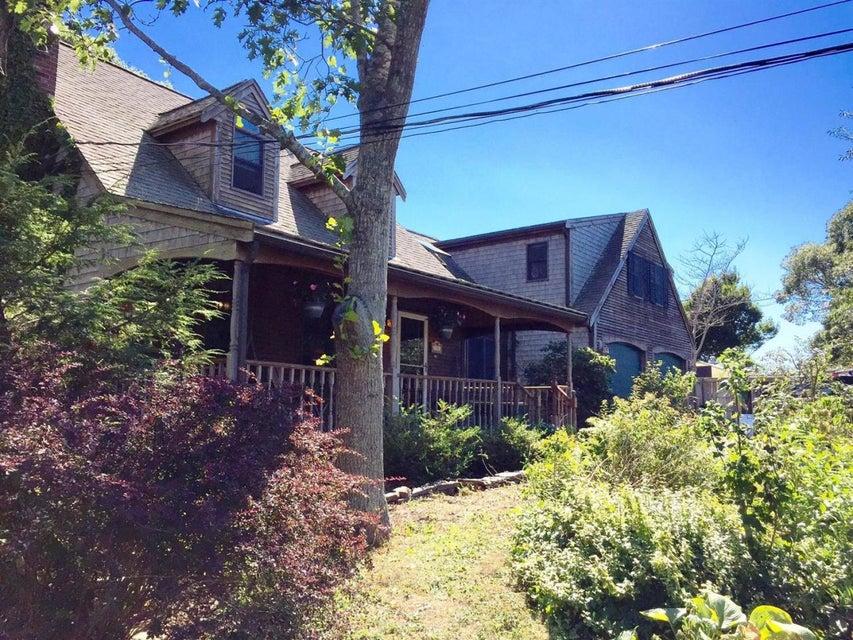 5 Nelson Avenue, Provincetown, MA 02657