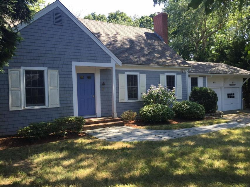 Otro por un Venta en $1,345,000.00 - 161 Cross Street in Chatham 161 Cross Street Chatham, Massachusetts,02633 Estados Unidos