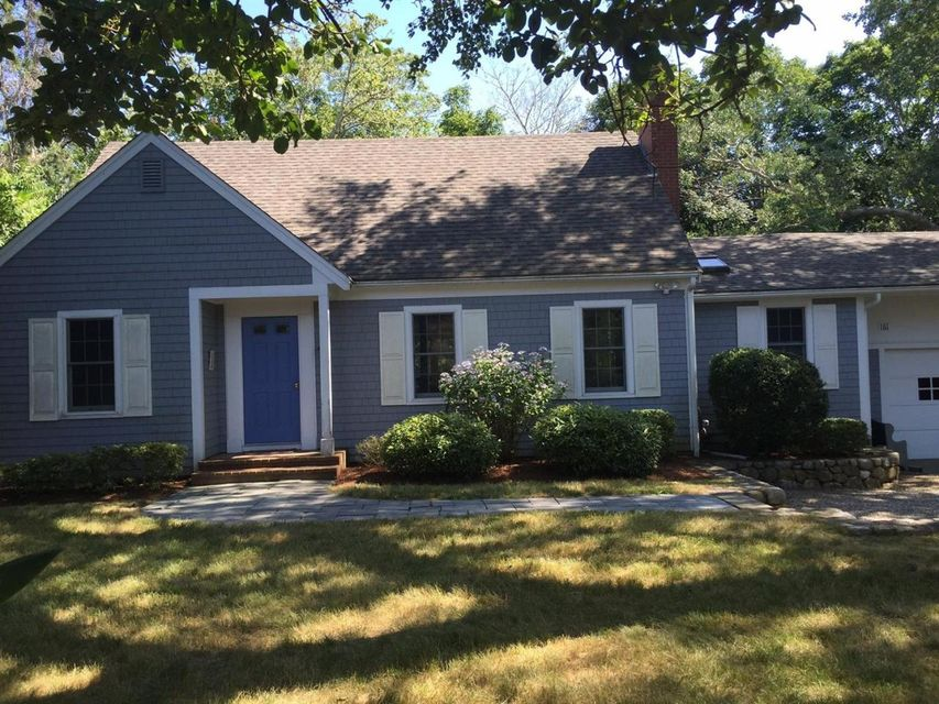 Additional photo for property listing at $1,345,000.00 - 161 Cross Street in Chatham 161 Cross Street Chatham, Massachusetts,02633 Usa