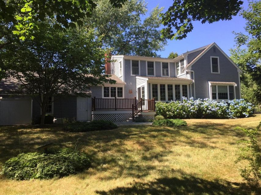 Additional photo for property listing at $1,345,000.00 - 161 Cross Street in Chatham  Chatham, Massachusetts,02633 États-Unis