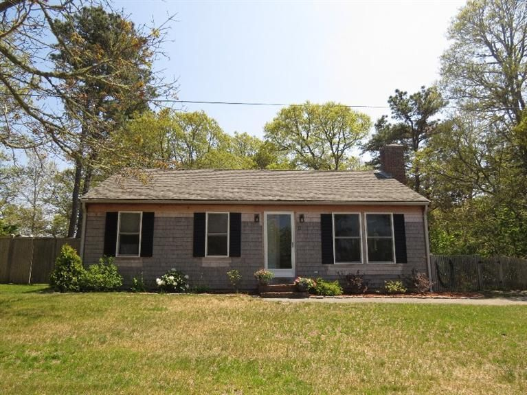 Harwich Real Estate - Cape Cod , 15 Mill Pond Road, Harwich, MA   Listed at $313,999