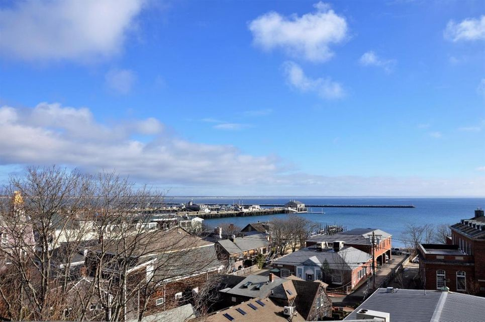 214 Commercial Street A, Provincetown, MA 02657