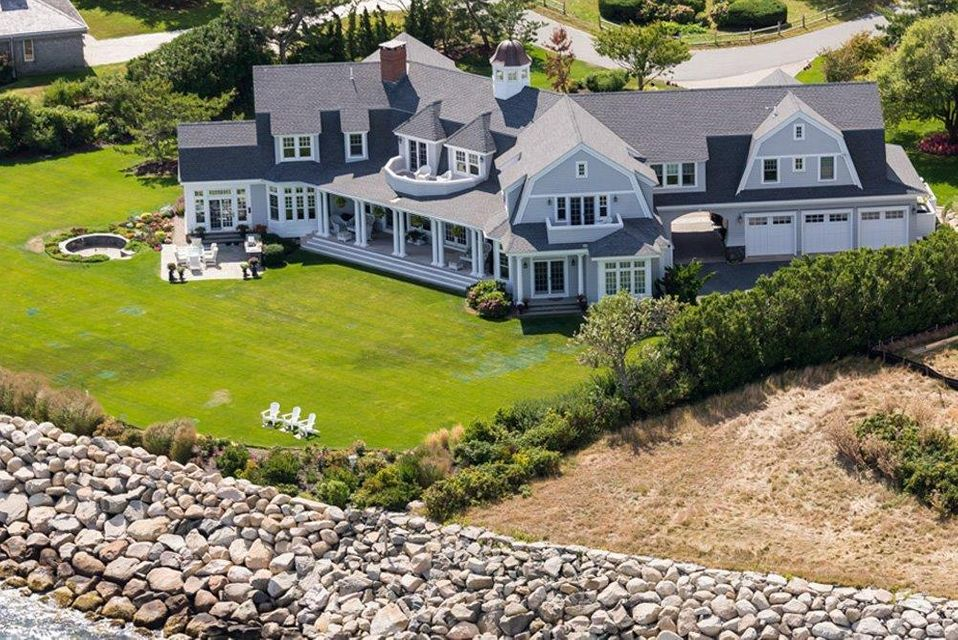 Additional photo for property listing at $13,500,000.00 - 67 Wilkey Way in Chatham 67 Wilkey Way Chatham, Massachusetts,02633 États-Unis