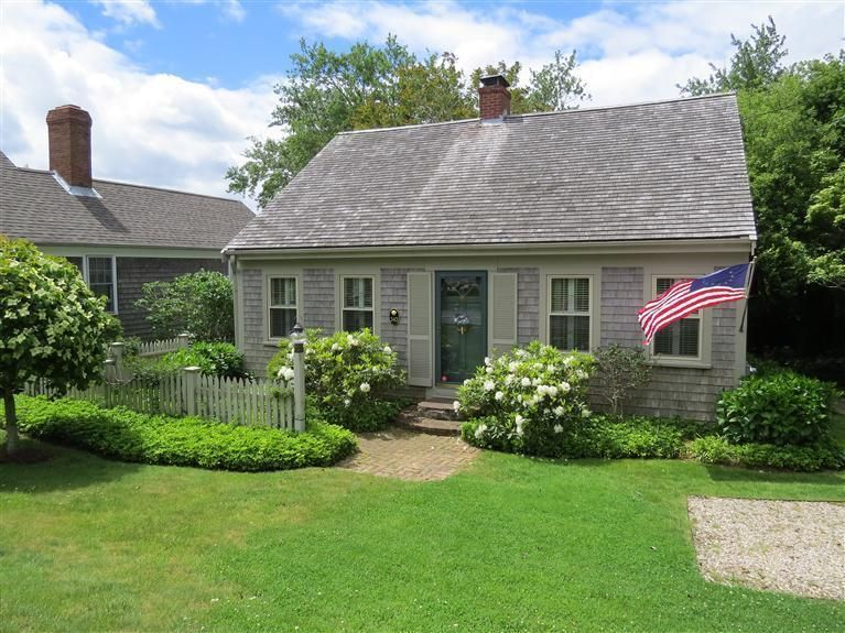 Chatham Real Estate - Cape Cod , 343 Main Street, Chatham, MA   Listed at $1,065,000