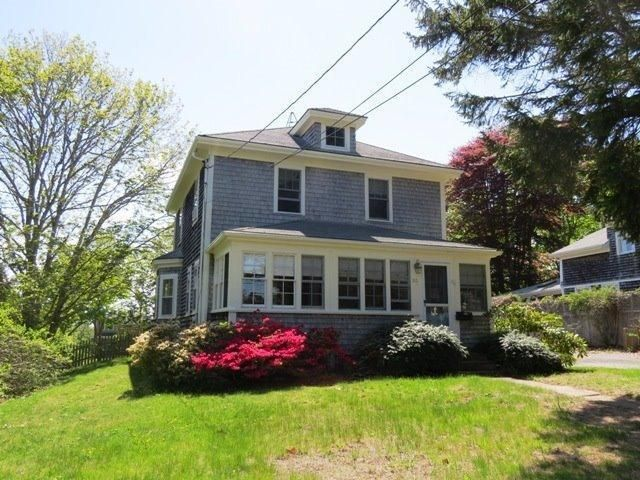 Chatham Real Estate - Cape Cod Antique , 86 Highland Avenue, Chatham, MA   Listed at $1,075,000