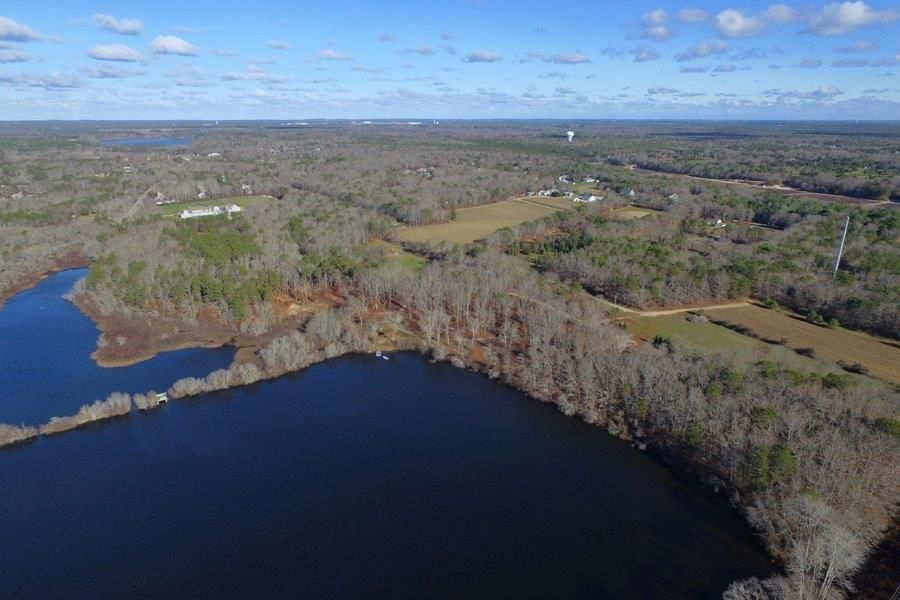 398 Old Meeting House Road, East Falmouth, MA 02536