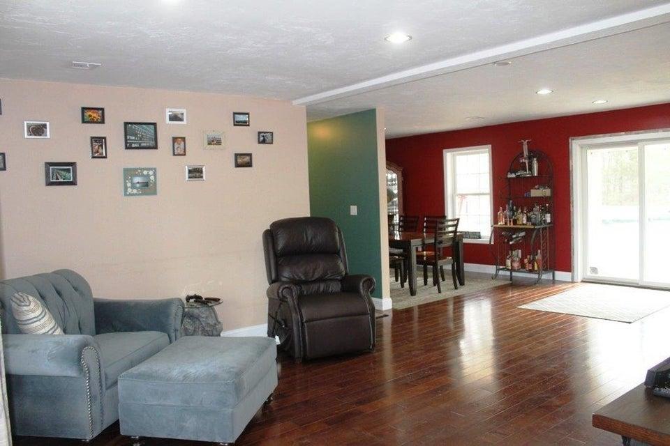 4 Finch Lane, Bourne, MA - USA (photo 3)