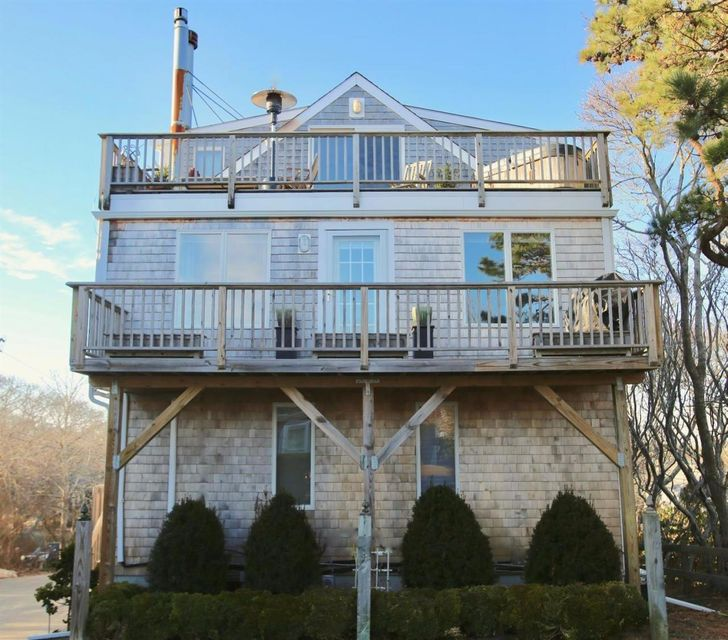 4 Willow Drive 4, Provincetown, MA 02657