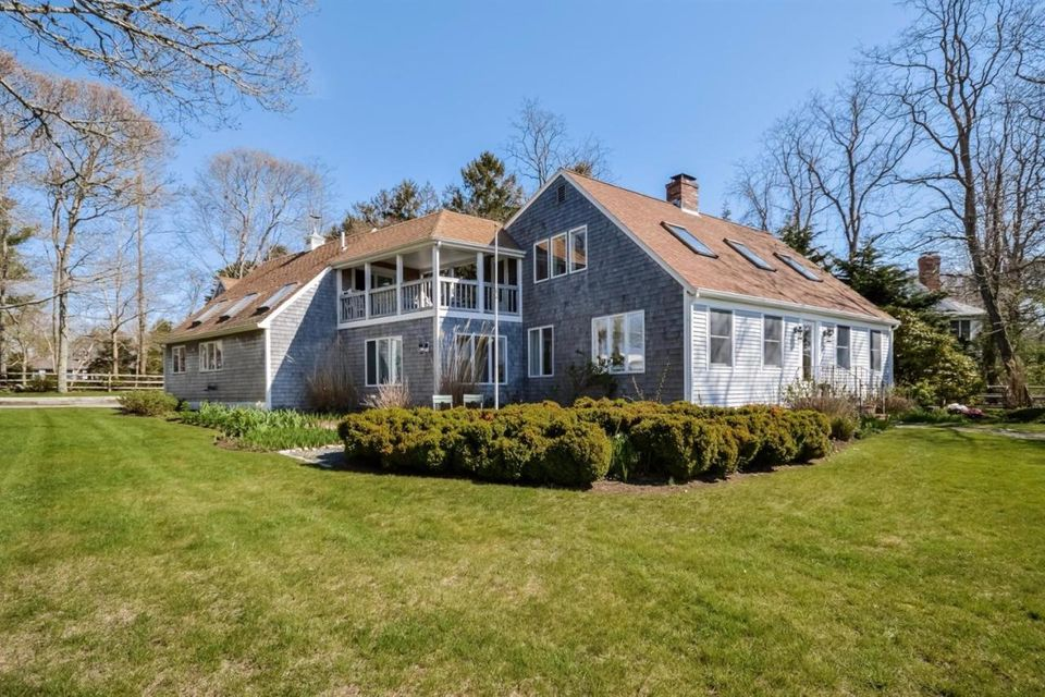 166 Wings Neck Road, Pocasset, MA 02559