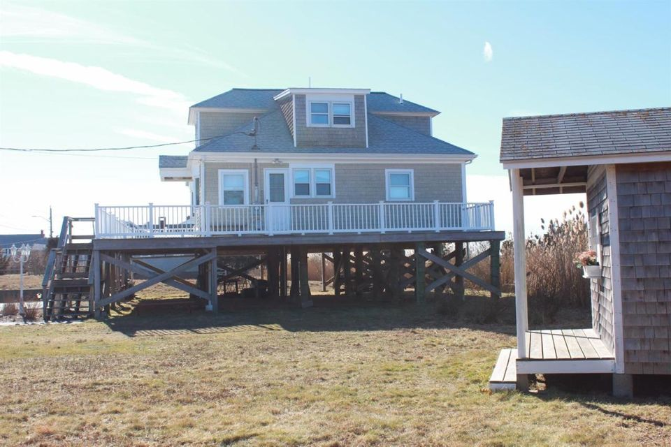 5 New Hampshire Avenue, West Yarmouth, MA 02673