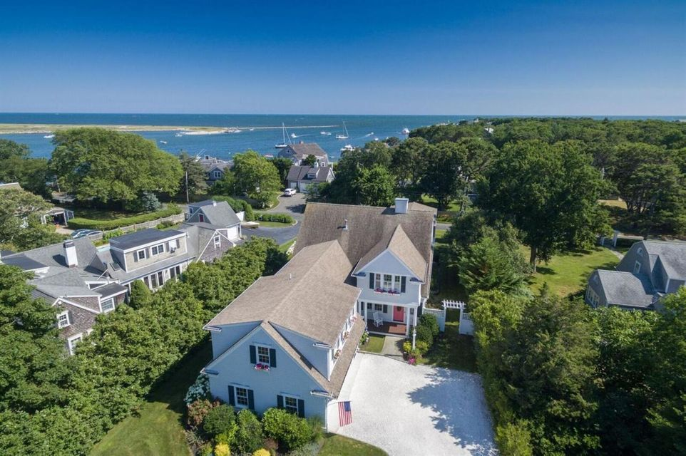 19 Bass River Parkway, Bass River, MA 02664