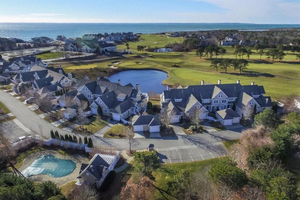 22 Vineyard Reach 22, New Seabury, MA 02649