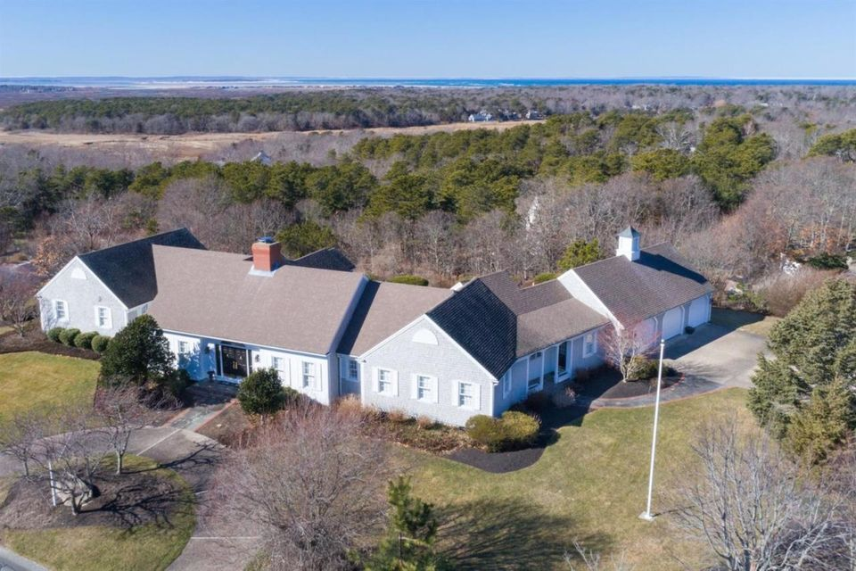 18 Farm Hill Road, Dennis, MA 02638