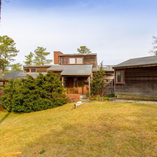 240 Baxters Neck Road, Marstons Mills, MA 02648