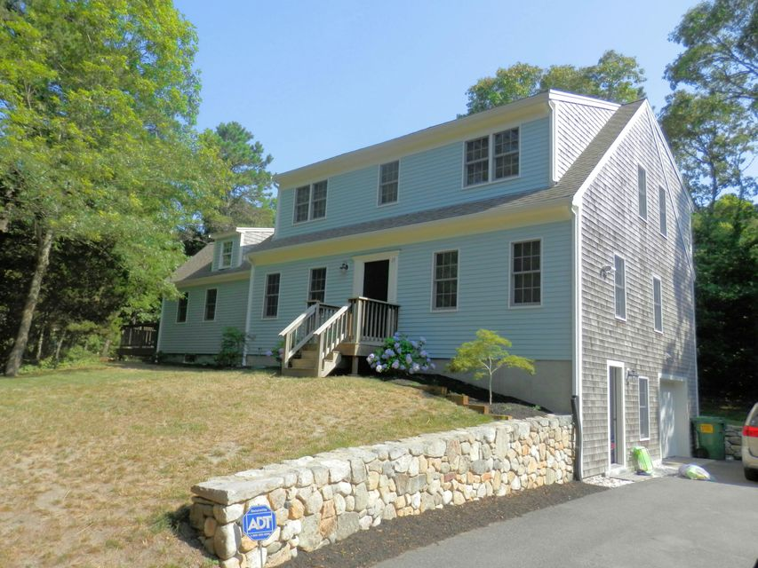 13 Toms Hollow Lane, Orleans, MA 02653
