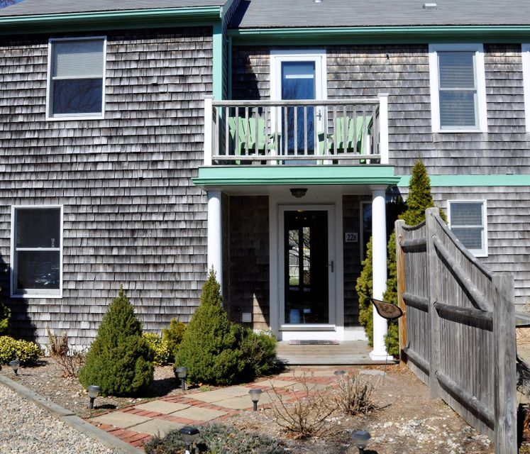 22 Conwell Street B, Provincetown, MA 02657