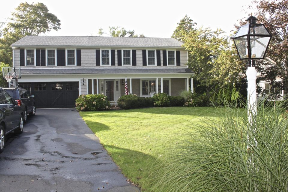 17--york-terrace-osterville-ma
