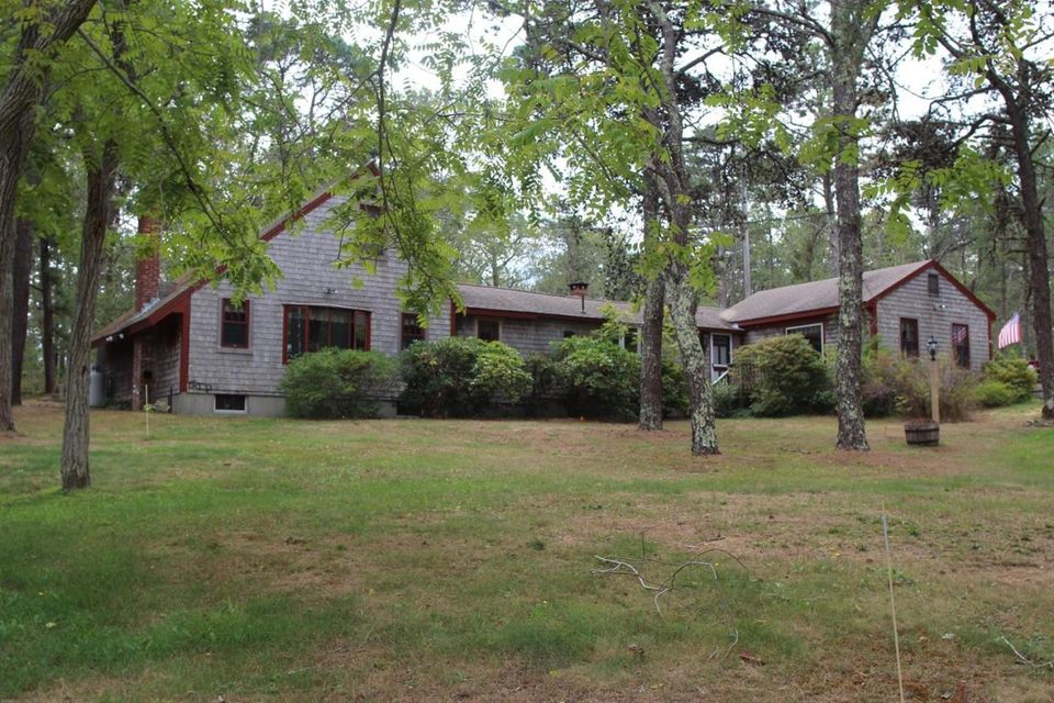 400 Long Pond Road, Wellfleet, MA 02667