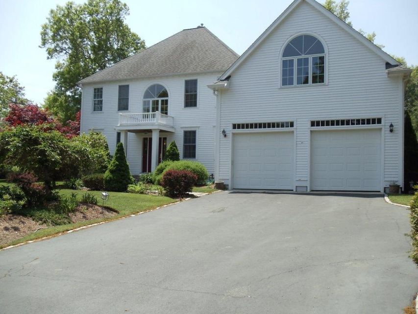 1 Firethorne Lane, Sandwich, MA 02563