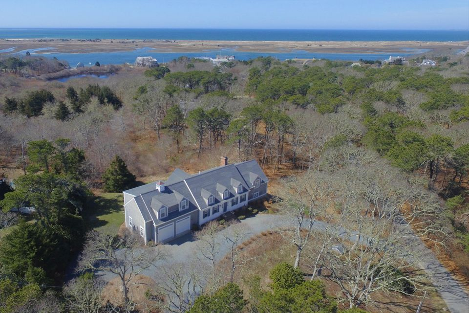 Additional photo for property listing at $1,750,000.00 - 41 Mooncussers Lane in Chatham  Chatham, Massachusetts,02633 Stati Uniti