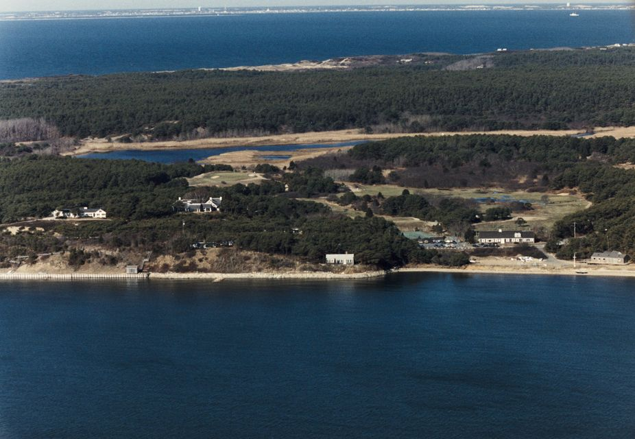 715 Chequessett Neck Road, Wellfleet, MA 02667