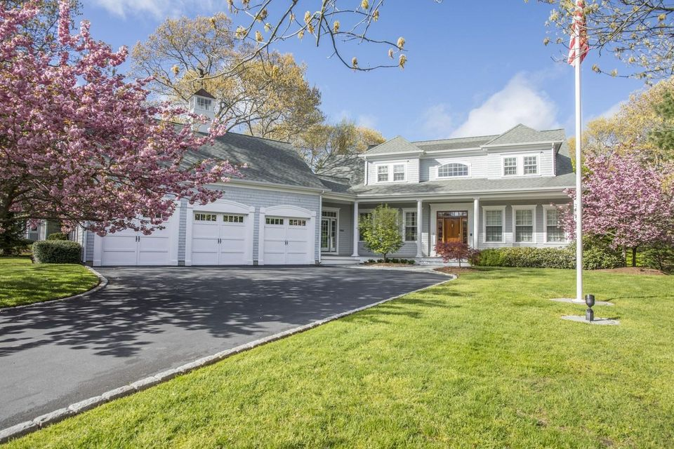 2 Firethorn Lane, Sandwich, MA 02563