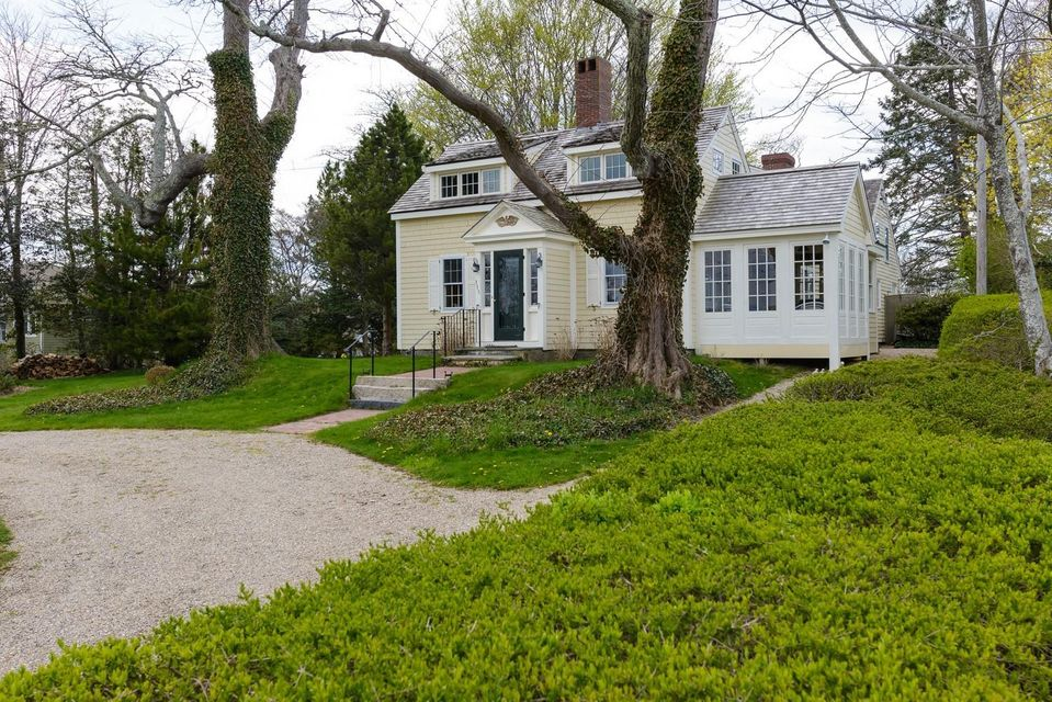 115--rendezvous-lane-barnstable-ma