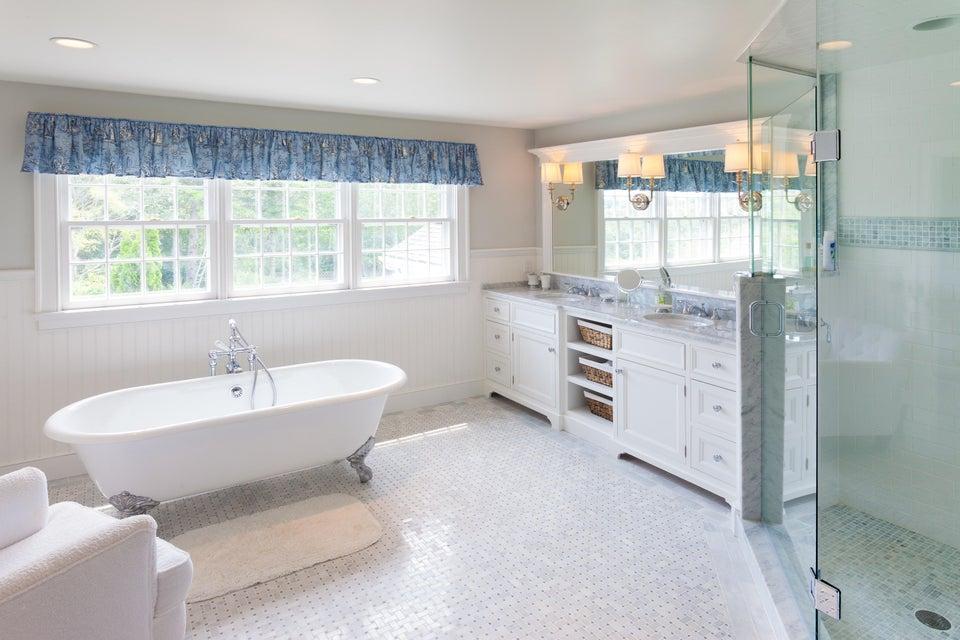Cape Cod Real Estate | 33 Monomoy Road Nantucket Ma 02554 | Cape Cod ...