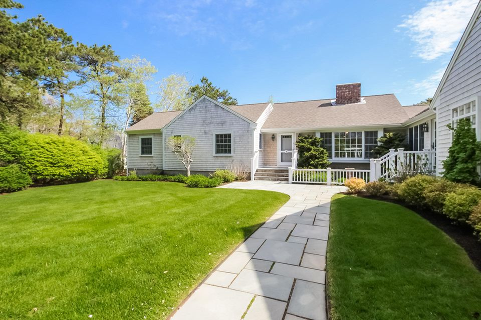 Additional photo for property listing at $1,295,000.00 - 63 Andrew Mitchell Lane in Chatham 63 Andrew Mitchell Lane Chatham, Massachusetts,02633 Estados Unidos